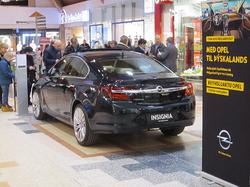 Opel leikur í Kringlunni