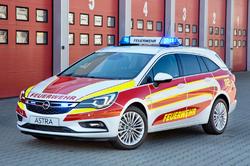 Sérútgáfa af Opel Astra Sports Tourer tekur sig vel út<br> hjá fyrirtækjum í neyðarþjónustu.