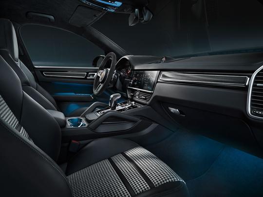Porsche_Cayenne_Coupe-7