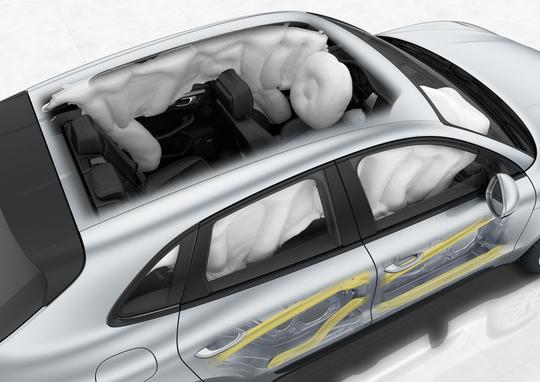 Porsche Macan-34