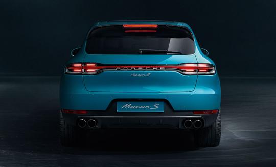 Porsche Macan S-11