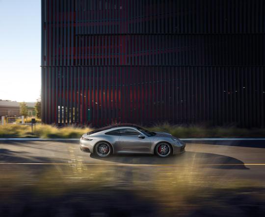 Porsche 911 S-33