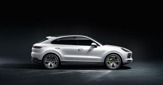 Porsche_Cayenne_Coupe_E-Hybrid-2